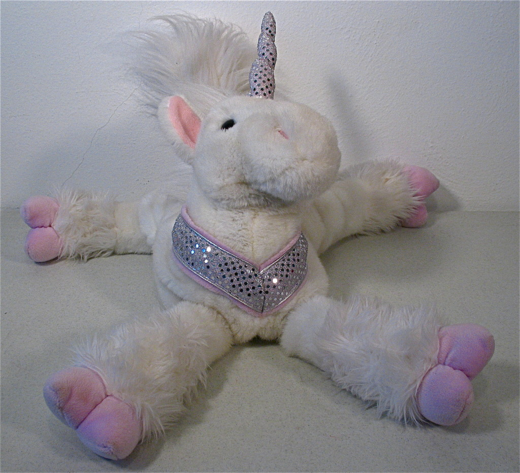 Unicorn with 33 lbs